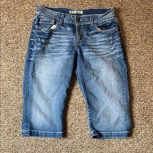 BKE Bermuda shorts size 32 Stretch